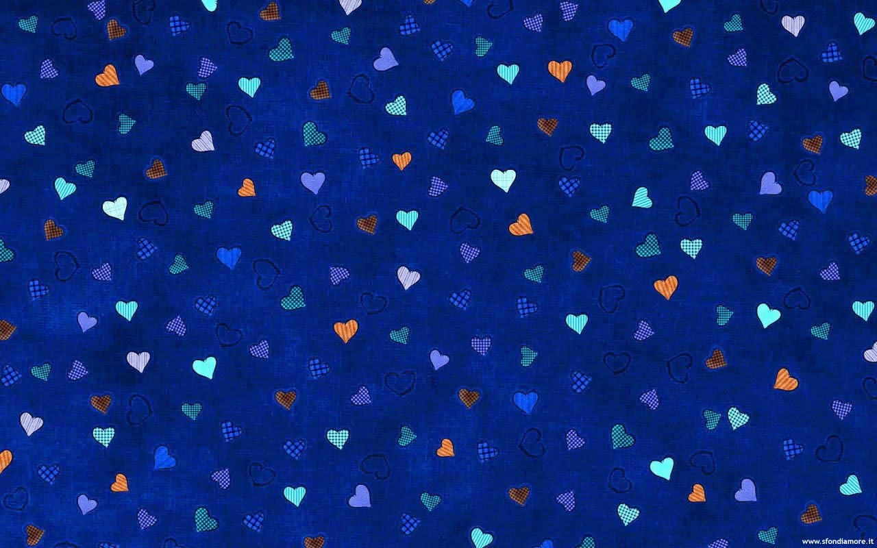 Sfondi Damore Bellissimo Sfondo Amore Cuoricini